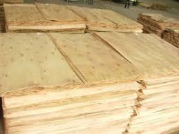 Công ty sản xuất đồ nội thất tại Malaysia đang cần mua 4 container 40ft ván bóc lõi gỗ dầu