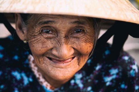Ai rồi cũng sẽ đến lúc phải già đi, hãy lắng nghe những lời chân thực nhất