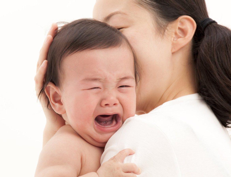 Bệnh tay chân miệng vào mùa, cha mẹ nên nhớ 3 triệu chứng sớm dưới đây