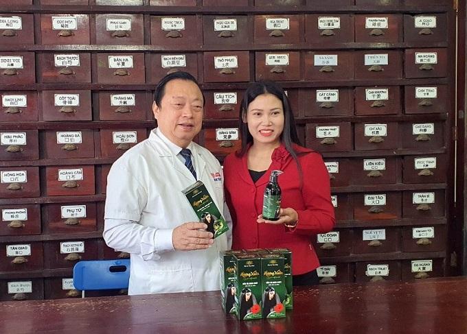 Dầu gội thảo dược Hương Xuân – Tôn vinh mái tóc Việt