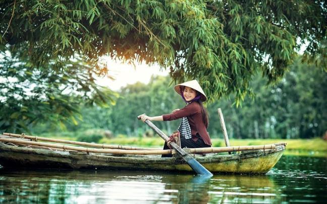 Đời người như dòng sông, thống khổ chỉ là duyên cớ để đổi dòng