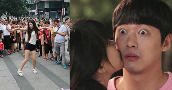 """Đưa bồ đi """"bão"""" ăn mừng chiến thắng của U23 Việt Nam, bất ngờ gặp vợ mặc sexy, đang nhảy múa tưng bừng trên sân khấu…"""