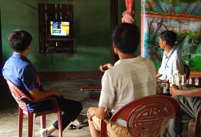 Hà Giang hỗ trợ đầu thu truyền hình số mặt đất tới các hộ nghèo, hộ cận nghèo
