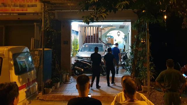 Hà Nội: Nghi án chồng dùng dao sát hại vợ tại nhà