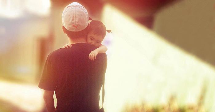 Hôn nhân của con gái có hạnh phúc hay không liên quan rất lớn tới người cha