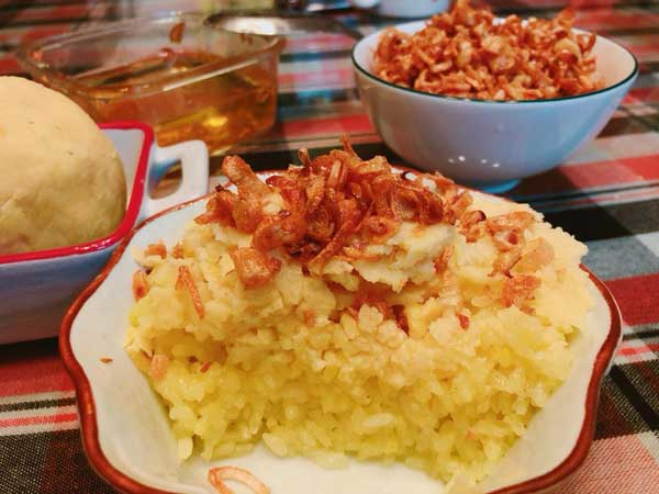 Hướng dẫn cách nấu xôi xéo bằng nồi cơm điện, dễ dàng mà thơm ngon