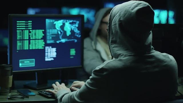 Khởi tố nhóm đối tượng lập 110 website lừa khách hàng Mỹ trong mùa dịch