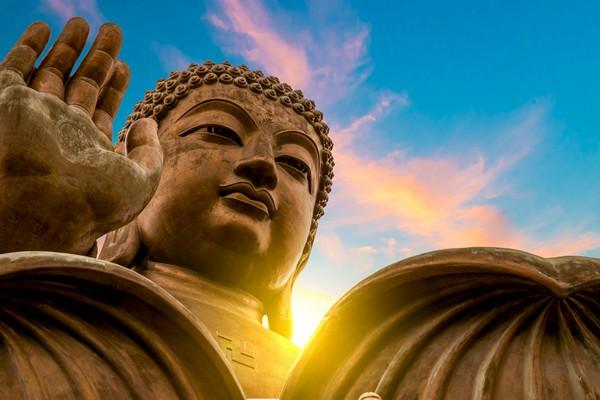 """Kiếp trước ăn ở """"có nhân có đức"""" nên người có 8 dấu hiệu này 100% đang nhận được """"hồng phúc"""" từ Đức Phật"""