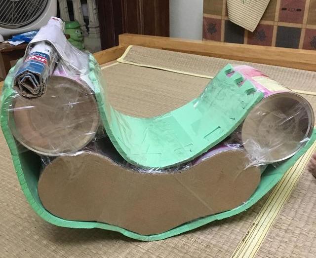 Mách mẹ cách làm xe bập bênh cho bé bằng vỏ hộp sữa bỏ đi, quá dễ lại siêu đẹp, chỉ 10 phút là xong!!