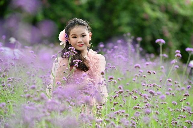 Ngắm Nhìn Nét Hồn Nhiên Của Khánh Nhi – Model, Dancer Nhí Tài Năng Hà Nội