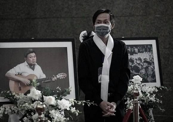 NS Hoài Linh quyết tìm mọi cách đưa thi hài cố NS Chí Tài sang Mỹ là vì 1 câu nói xót xa của ca sĩ Phương Loan