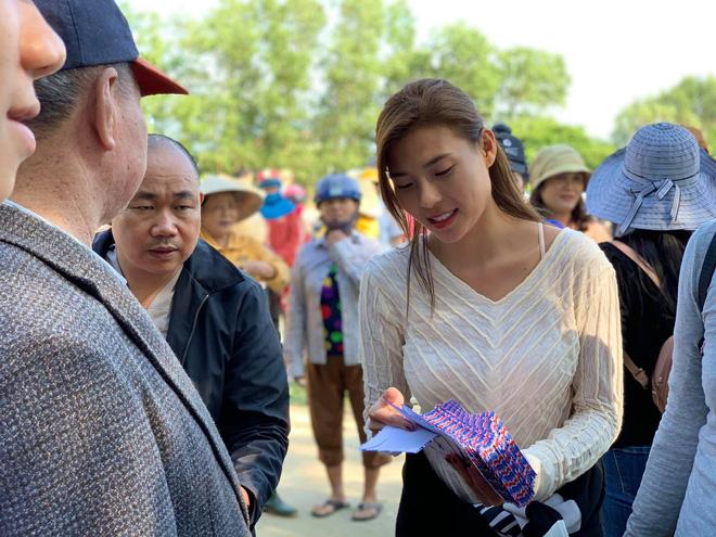 Thuý Diễm chính thức lên tiếng sau khi bị CEO Đại Nam gọi tên vào drama sao kê tiền từ thiện miền Trung!