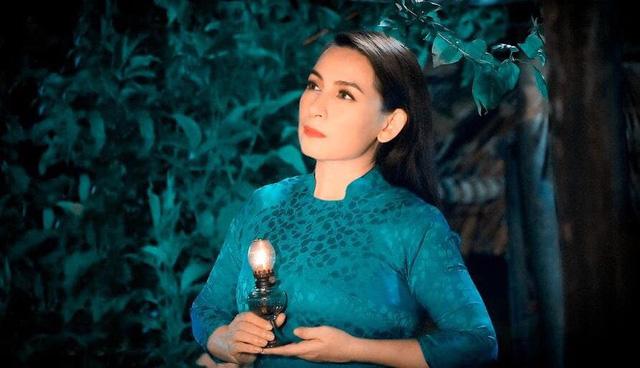 """Trizzie Phương Trinh: """"Phi Nhung chuyển biến nặng, bác sĩ nói với con gái nên chuẩn bị tinh thần"""""""