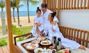 Vợ chồng Đoan Trang du lịch Phú Quốc kỷ niệm 8 năm cưới
