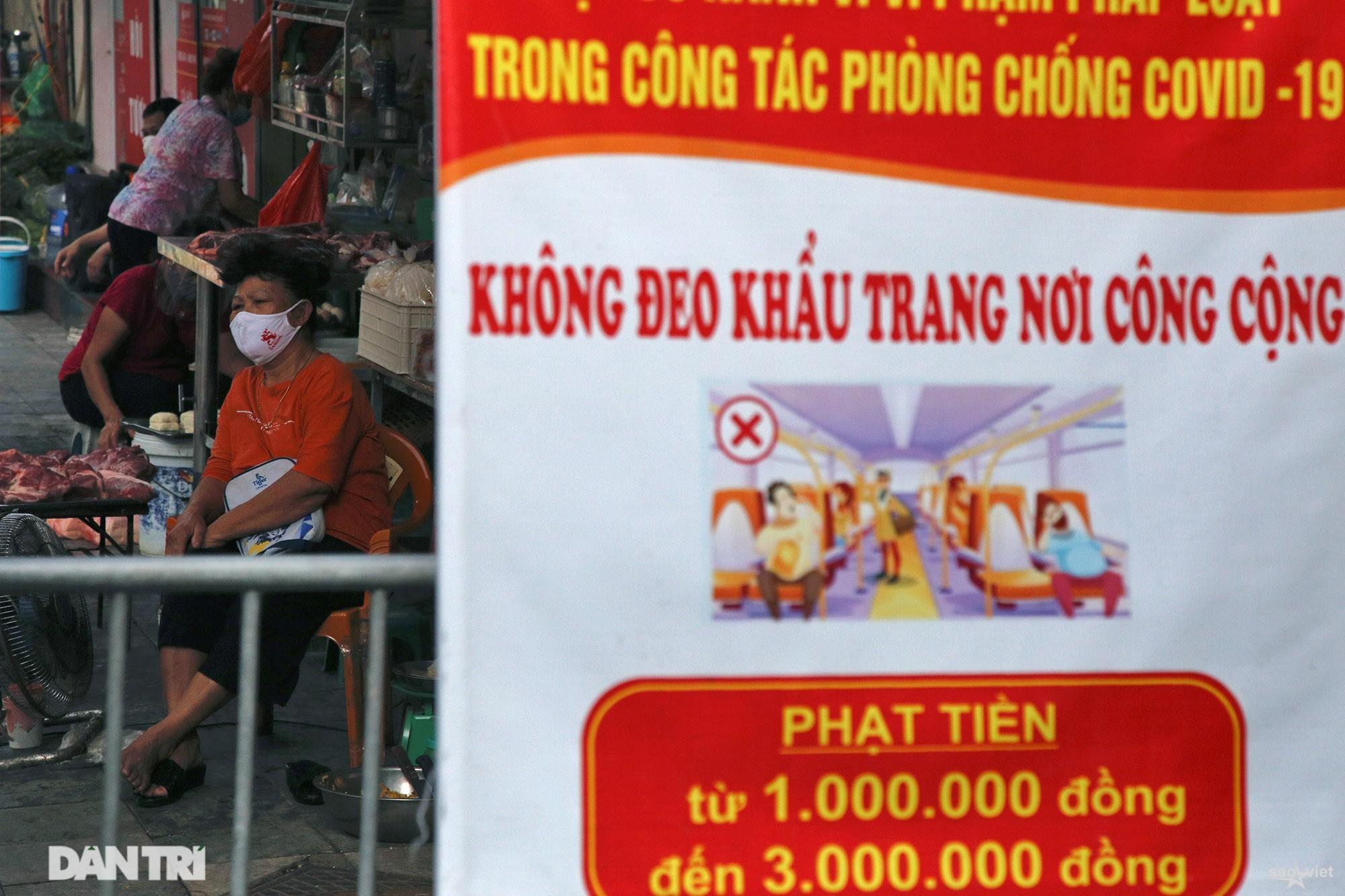 Mới lạ cảnh mua bán bằng ám hiệu ngón tay ở chợ nhà giàu phố cổ Hà Nội - 10