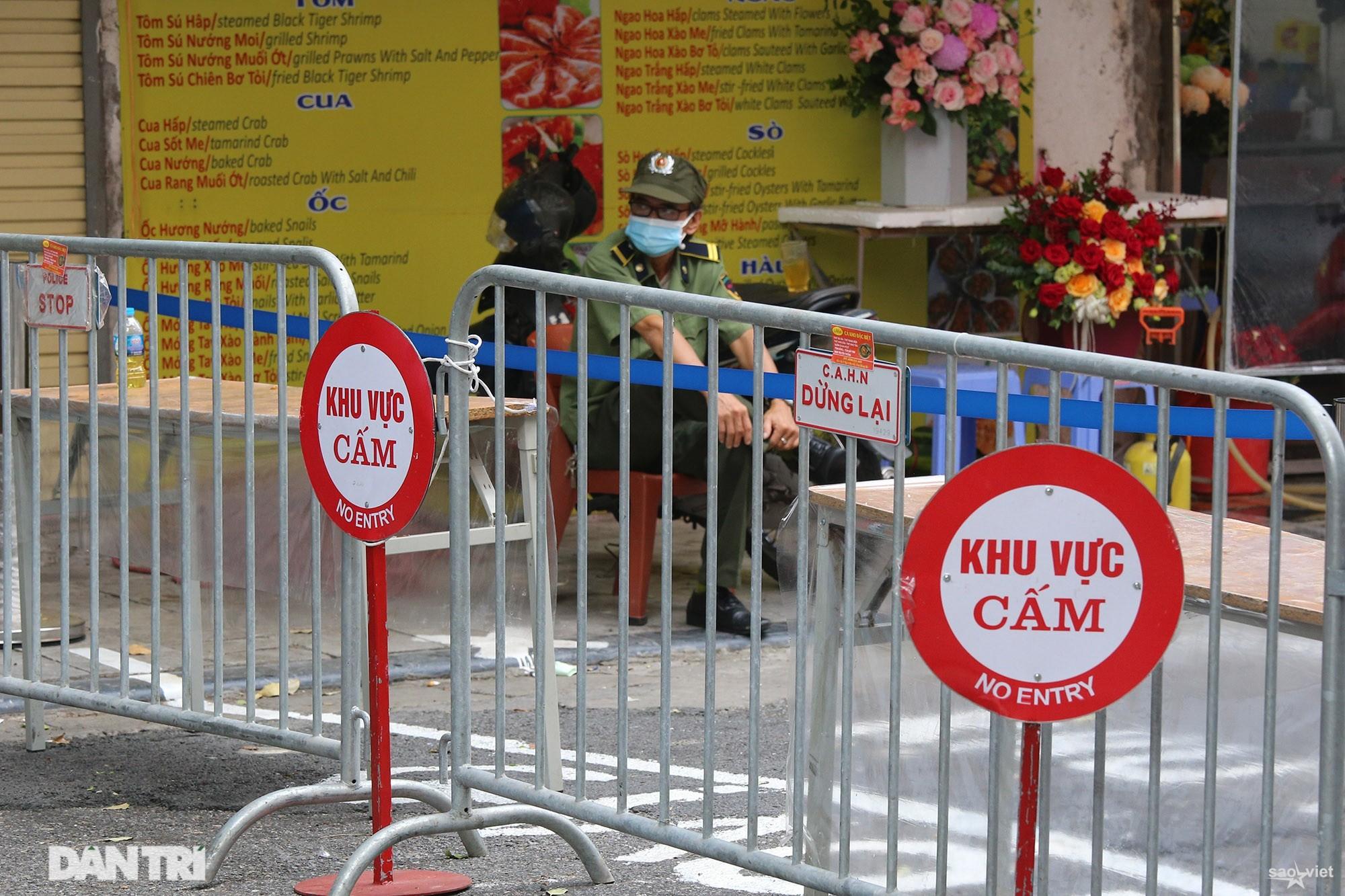 Mới lạ cảnh mua bán bằng ám hiệu ngón tay ở chợ nhà giàu phố cổ Hà Nội - 11