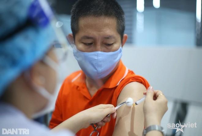 TPHCM: Lấy hơn 1,4 triệu mẫu test nhanh, phát hiện gần 54.500 ca dương tính - 2