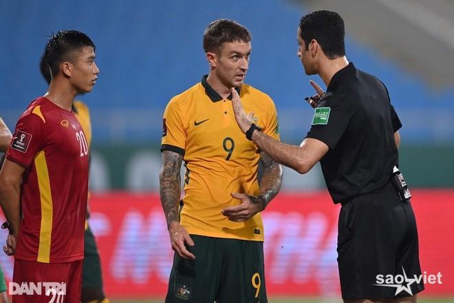Báo quốc tế bình luận về việc trọng tài từ chối phạt đền cho tuyển Việt Nam - 3