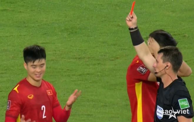 Duy Mạnh xin lỗi người hâm mộ về chiếc thẻ đỏ, AFC lên tiếng - 1