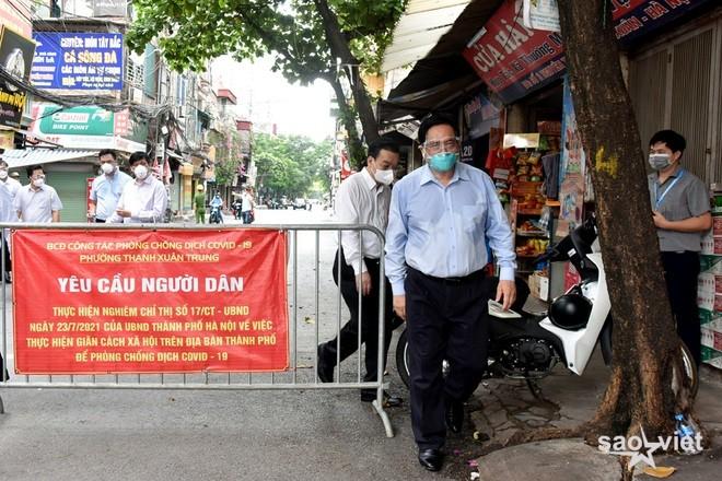Sở chỉ huy tại ổ dịch Thanh Xuân không bóng người khi Thủ tướng kiểm tra - 1