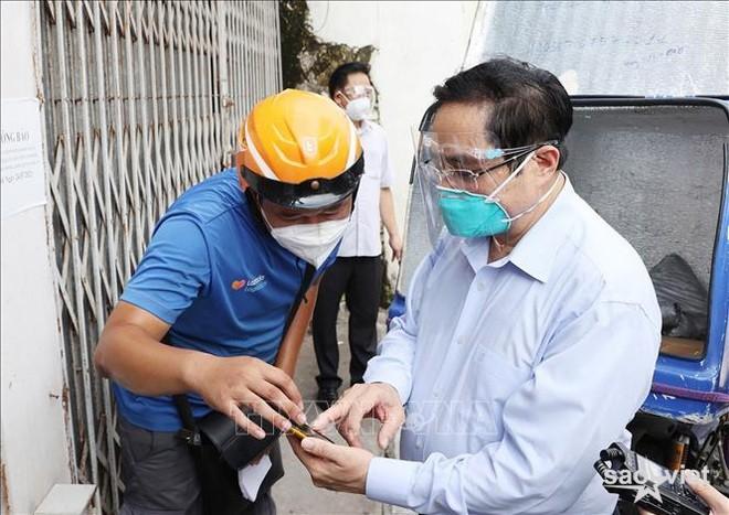 Sở chỉ huy tại ổ dịch Thanh Xuân không bóng người khi Thủ tướng kiểm tra - 2