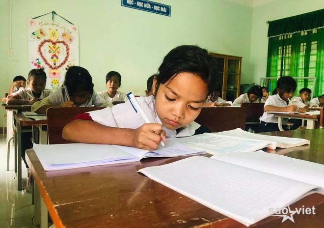 Hà Nội xây dựng nhiều phương án đưa học sinh trở lại trường học - 2