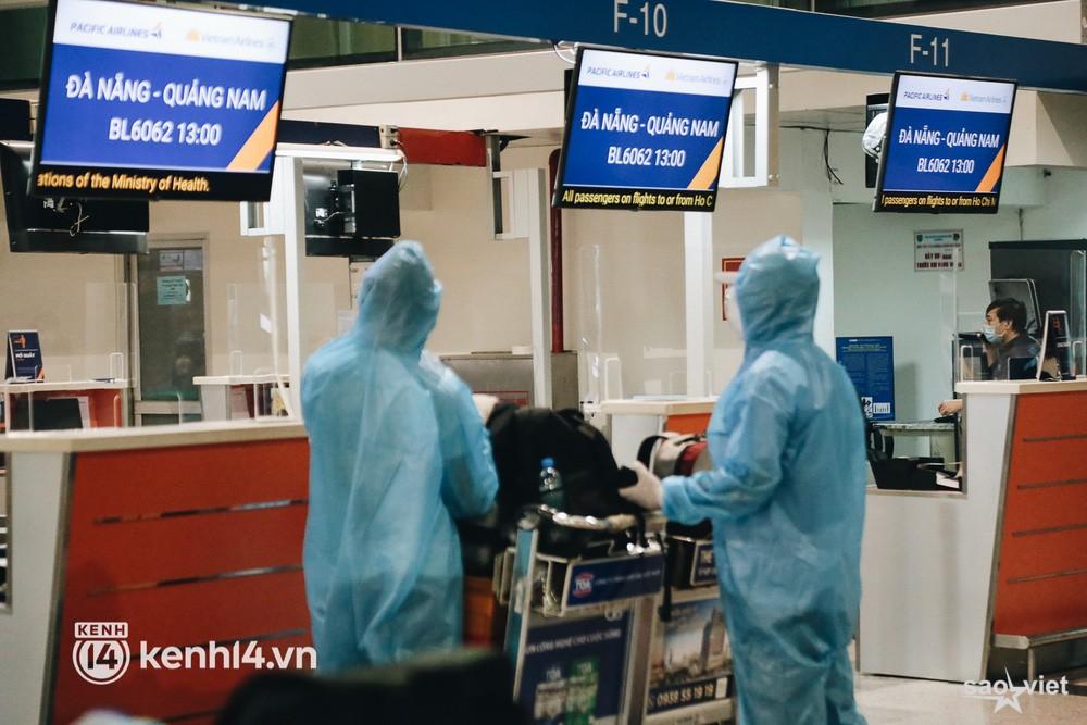 Ngày đầu sân bay Tân Sơn Nhất phục vụ khách thương mại trở lại: Suốt đêm tôi không ngủ được vì quá mong chờ về quê - Ảnh 11.
