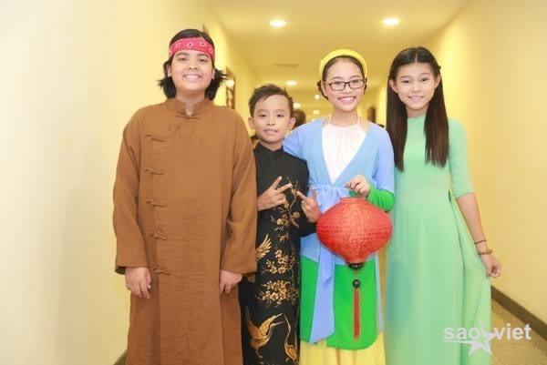 Hồ Văn Cường trong show diễn đầu tiên tại Hà Nội